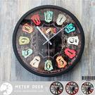 loft工業風復古紅酒標籤木板掛畫彩色鐵皮造型靜音掛鐘 店牆面設計歐式懷舊擺飾時鐘-米鹿家居