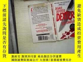 二手書博民逛書店DEARLY罕見DEVOTED DEXTER (01)Y1808