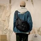 日系工裝差包挎包女側背包男士背包機能單肩包【愛物及屋】