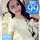 【D955】shiny藍格子-甜心蔓延.背影女孩字母圓領寬鬆短袖T恤