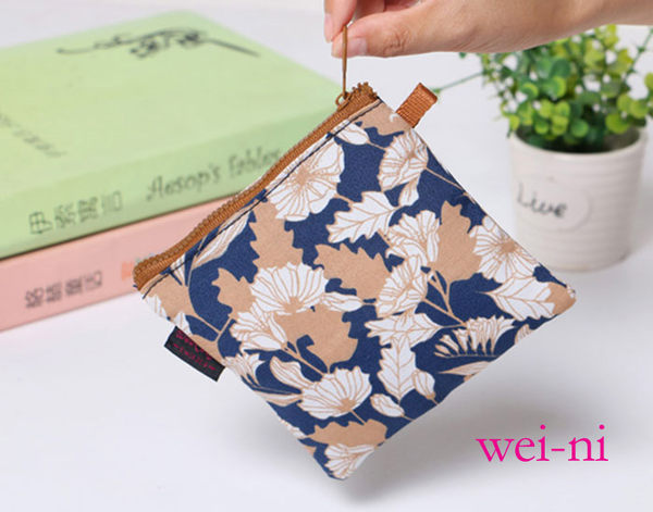wei-ni 復古衛生棉包 任何小商品收納包 口紅零錢包 萬用袋 收納包 化妝包