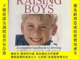 二手書博民逛書店The罕見Everything Parent s Guide to Raising BoysY17030 Ch