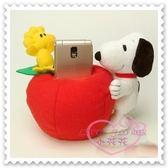 ♥小花花日本精品♥ Hello Kitty 史努比Snoopy手機座置物座抱蘋果立體造型站姿日本限定 00136709