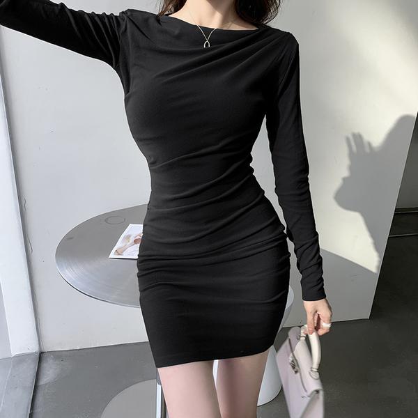 女生韓版時尚連衣裙 女士設計感減齡中長裙 秋冬長袖修身包臀短裙內搭襯裙 性感氣質顯瘦打底裙