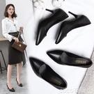 特惠中跟鞋職業女鞋春季新款潮高跟鞋黑色皮鞋單鞋尖頭細跟中跟工作鞋女交換禮物