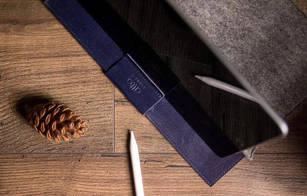 "iPad Pro 9.7"" & 10.5"" 皮革電腦包 - 海軍藍/灰色 Navy/Grey iPad Air 保護套、收納袋"