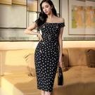 洋裝 性感裙 長裙 S-XL新款氣質性感一字領修身雙排扣波點包臀連身裙NE49-7868.皇朝天下