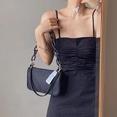 韓國小眾設計師JENNIE同款包包女2021夏新款單肩斜跨鏈條腋下包潮 夏日新品85折