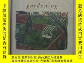 二手書博民逛書店英文原版罕見Principles of Gardening by
