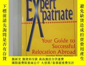 二手書博民逛書店EXPERT罕見PATRIATE: Your Guide to
