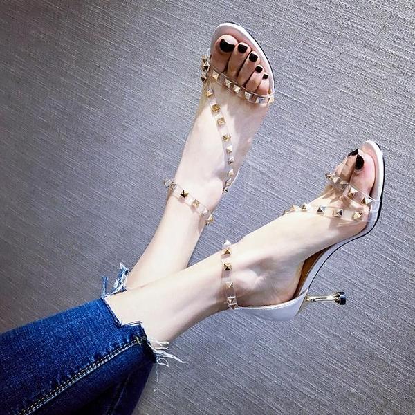 新款涼鞋女仙女風一字扣帶細跟鉚釘高跟鞋性感透明鞋 淇朵市集