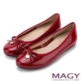 MAGY 日系清甜女孩 LOGO圓牌牛皮娃娃鞋-紅色