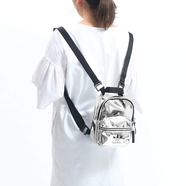 【二月大促2折後$1880】adidas MINI 背包 後背包 休閒 反光 銀 休閒 運動 三葉 黑銀 ED5884