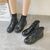 2019秋季新款黑色機車馬丁靴女英倫風系帶漆皮粗跟短靴高筒女靴子  西城故事