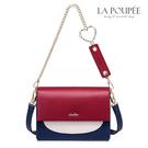 時髦感紅白藍撞色拼接小包, 內部為風琴包式設計,物品好收納, 超精緻愛心鍊條帶加個性標牌裝飾手提。