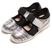 DIANA 漫步雲端焦糖美人款--雙色亮片簍空休閒鞋-銀色  特價商品恕不能換貨