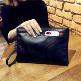 女手包新款潮大容量信封包情侶休閒手拿包時尚復古手抓包軟面錢包 探索先鋒