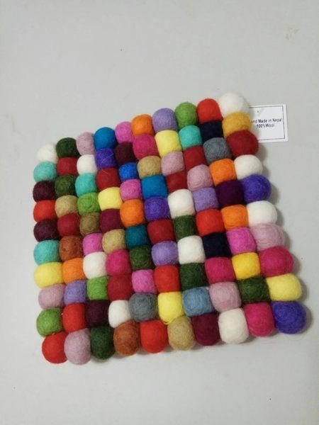 尼泊爾進口100%羊毛製四方形餐桌墊