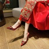 中式方扣紅色婚鞋秀禾婚紗兩穿新娘鞋高跟鞋2021新款大小碼夏季女 艾瑞斯AFT「快速出貨」