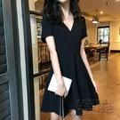 適合微胖女人穿的連身裙短袖洋氣高貴黑色V領顯瘦mm夏裝2020新款 衣櫥秘密