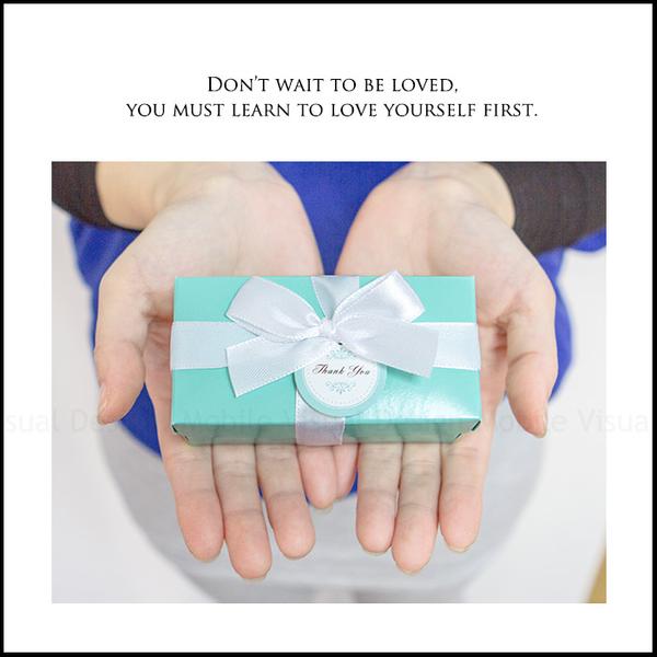 鑰匙擴香石掛飾(長Tiffany盒包裝)贈2ml香氛精油 婚禮小物 情人節禮物 聖誕禮物 交換禮物 閏蜜禮
