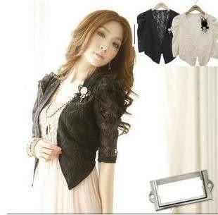 韓版時尚百搭純色新款泡泡袖蕾絲短外套(配胸花)