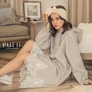 PUFII-洋裝 蕾絲拼接內磨毛連帽長洋裝-1119 現+預 冬【CP17579】