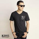 【BTIS】口袋V領T-shirt / 黑色