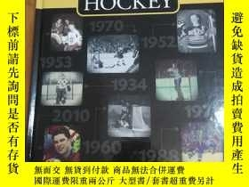 二手書博民逛書店THE罕見TIMELINE HISTORY OF HOCKEY