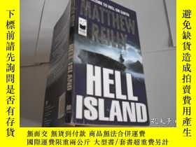 二手書博民逛書店MATTHEW罕見REILLY HELL ISLANDY2058