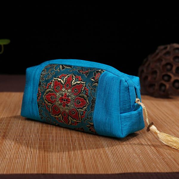 中國風絲綢化妝包特色手工藝品織錦緞云錦流蘇手拿包送老外禮品