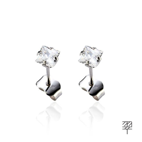 【LECRIN翠屋珠寶】精美奪目水晶-K金耳環5*5mm