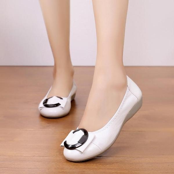 果凍豆豆鞋豆豆鞋中年女鞋防水皮面亮面坡跟平底單鞋上班工作媽媽鞋  【快速出貨】