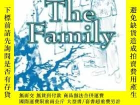 二手書博民逛書店Family by Chin罕見PaY466170 Chin Pa penguin 出版2020