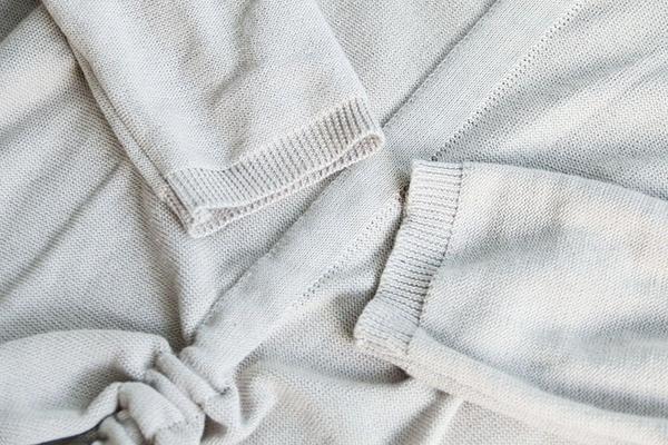 東京奈奈日系森林系V領長袖皺褶綁帶打底針織衫[j79356]