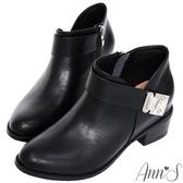 Ann'S訂製名品-方型銀扣激瘦V口粗跟短靴-黑