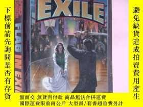 二手書博民逛書店英文原版罕見Flag in Exile by David Web