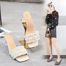 大碼高跟鞋21夏季高跟涼拖鞋珍珠透明一字拖粗跟方頭涼鞋女超大碼4243443日 快速出貨
