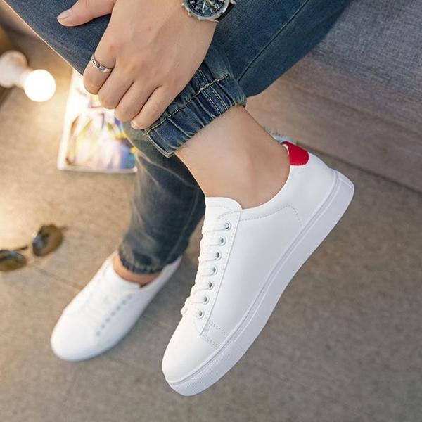 新款小白鞋男透氣白色鞋運動休閒板鞋正韓學生鞋百搭白鞋男潮【中秋節預熱】