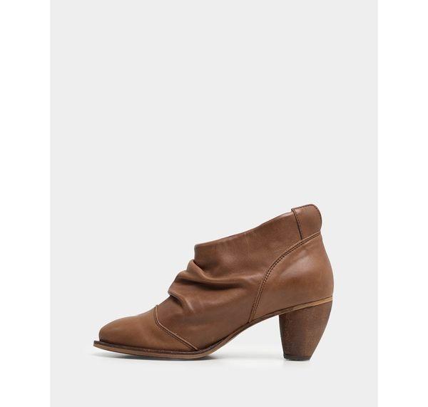 真皮踝靴-R&BB手工牛皮製*V口顯瘦抓皺個性 粗低跟彷舊短靴-棕咖