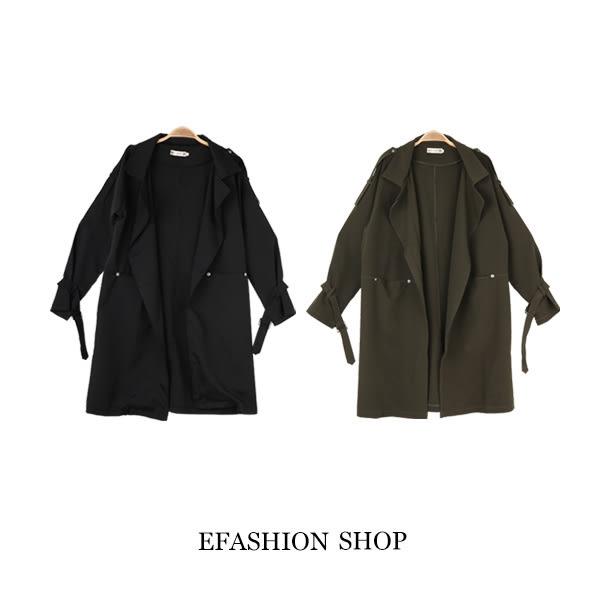 中大尺碼 袖扣環帶長版風衣外套-eFashion 預【L16635304】