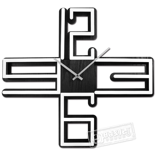 17吋 數字時標 十字 鏤空設計 居家擺飾 輕薄簡約 北歐風 餐廳客廳臥室 靜音 掛鐘 - 白黑色