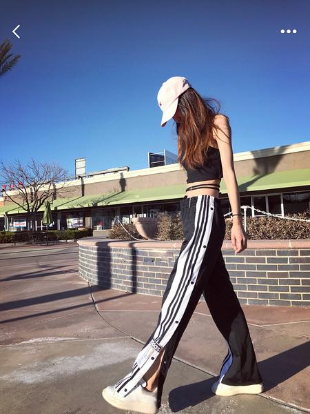 ADIDAS ORIGINALS 愛迪達 Pants 黑白 黑色 CV8276 排扣 三條 運動長褲 女款 XS-XL/澤米
