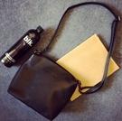 【Miss 小Q】簡約 立體小方包 圓筒包 方包 手拿包 側背包 女 小包包  KS