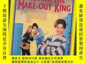 二手書博民逛書店MEETING罕見THE MAKE-OUT KING【英文版、0