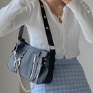 錬條包 鹿子 小眾設計包新款歐美潮流尼龍布錬條手提女包法棍包 唯伊時尚