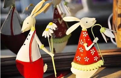[協貿國際]雙面手繪鐵藝情侶兔子擺設單組價(2隻1組)
