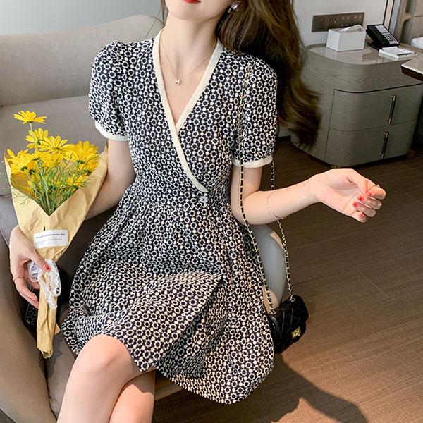 洋裝 刺繡碎花連身裙-媚儷香檳-【D1671】