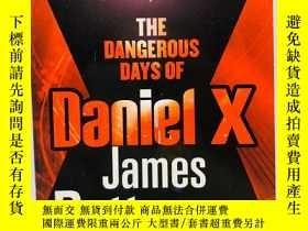 二手書博民逛書店The罕見Dangerous Days of Daniel X.