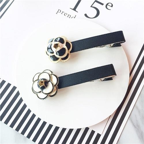 【NiNi Me】 韓系髮飾 小香風金屬立體山茶花朵髮夾 髮夾H9002